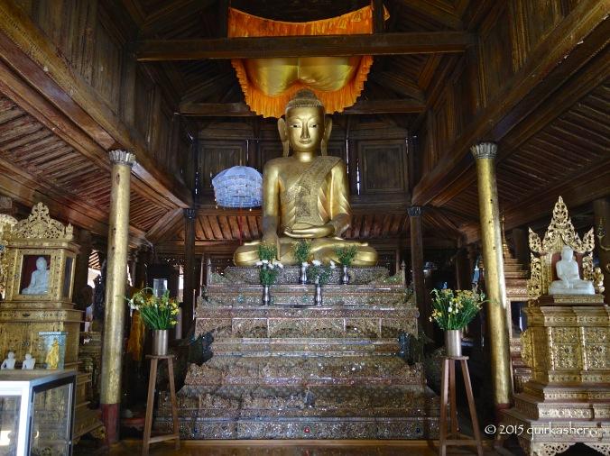 Main shrine of Shwe Yan Pyay Monastery