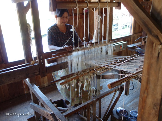 Weaving with lotus fibres