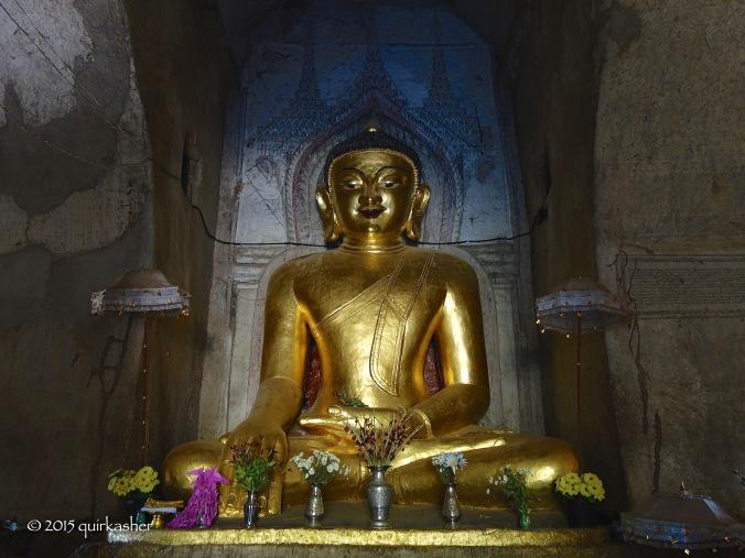 Buddha image in Shwegugyi Temple