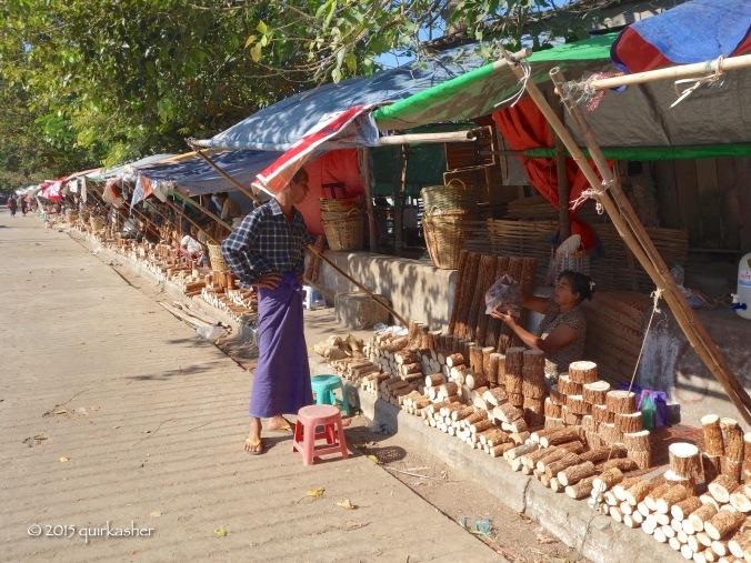 Thanaka stalls