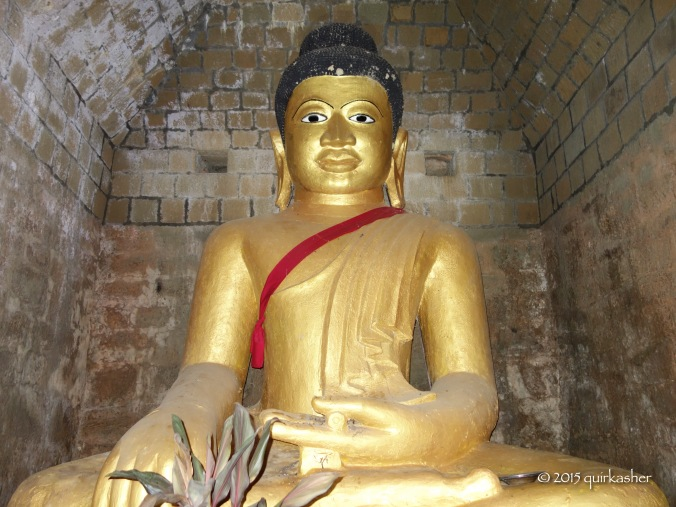 Buddha statue inside Paya Ouk