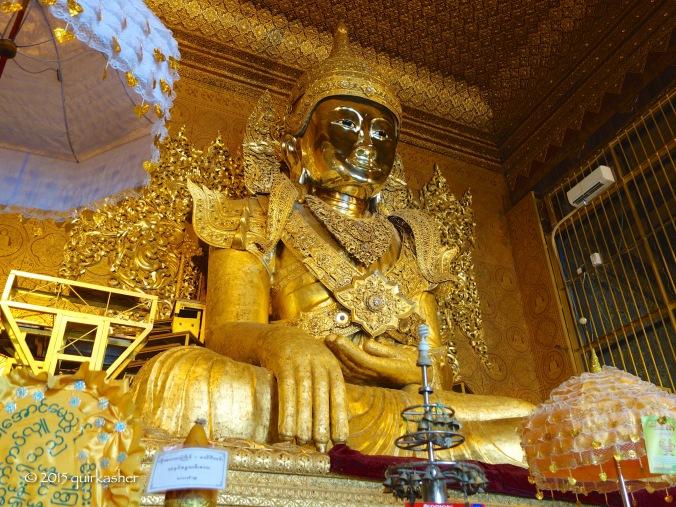 Buddha statue in Kyay Thone Pagoda