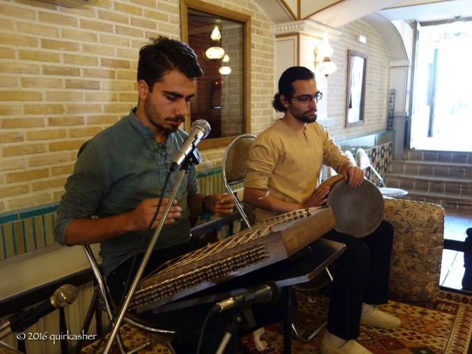 Traditional music at the restaurant to whet one's appetite