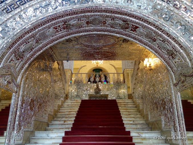 Stairway upon entering Kakh-e Asli (before reaching Talar-e Salam)