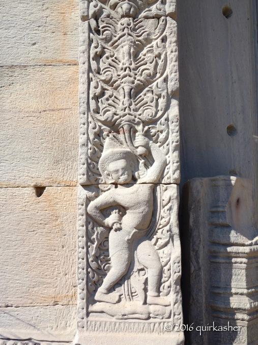 Carving on main prang