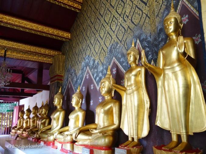 One of the galleries of Buddhas in Wat Yai